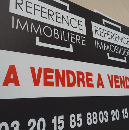 Bâches et panneaux publicitaires à Lille