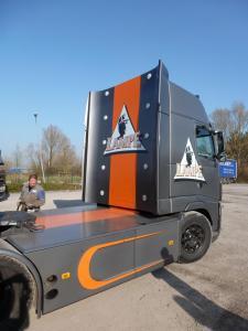 Flocage sur poids-lourd à Lille